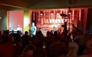 Jannez og Perikles Dansbandveckan i Malung 17 7 2018.mp4_000013375